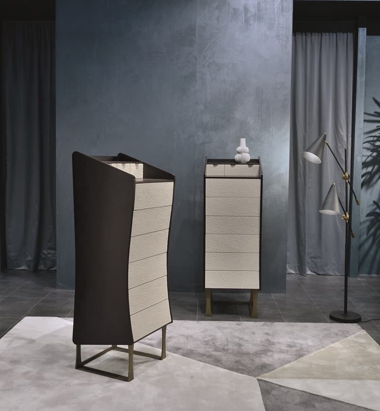 Complements: Silhouette Cabinet | 17686 | Michelangelo Designs